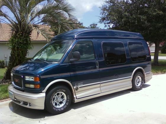 2002 GMC Savana Conversion Van